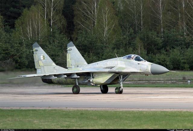 Armée Algérienne (ANP) - Tome XIV - Page 16 Algeria_MiG-29S_Anton_Pavlov_640