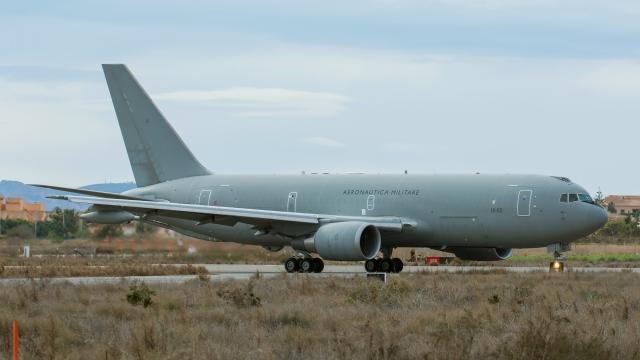 https://www.scramble.nl/images/news/2021/august/KC-767_MM62228_LELC_26Jan18_José_Damián_González_Martínez-4_640.jpg
