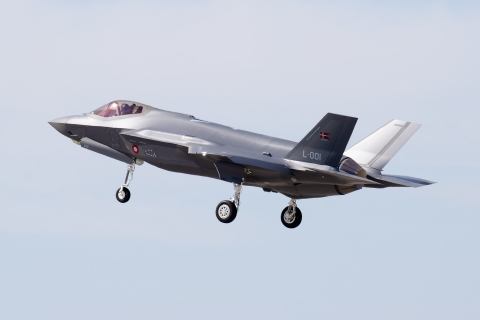 https://www.scramble.nl/images/news/2021/march/Denmark_RDAF_F-35A_L-001_Flyvevabnet_480.jpg